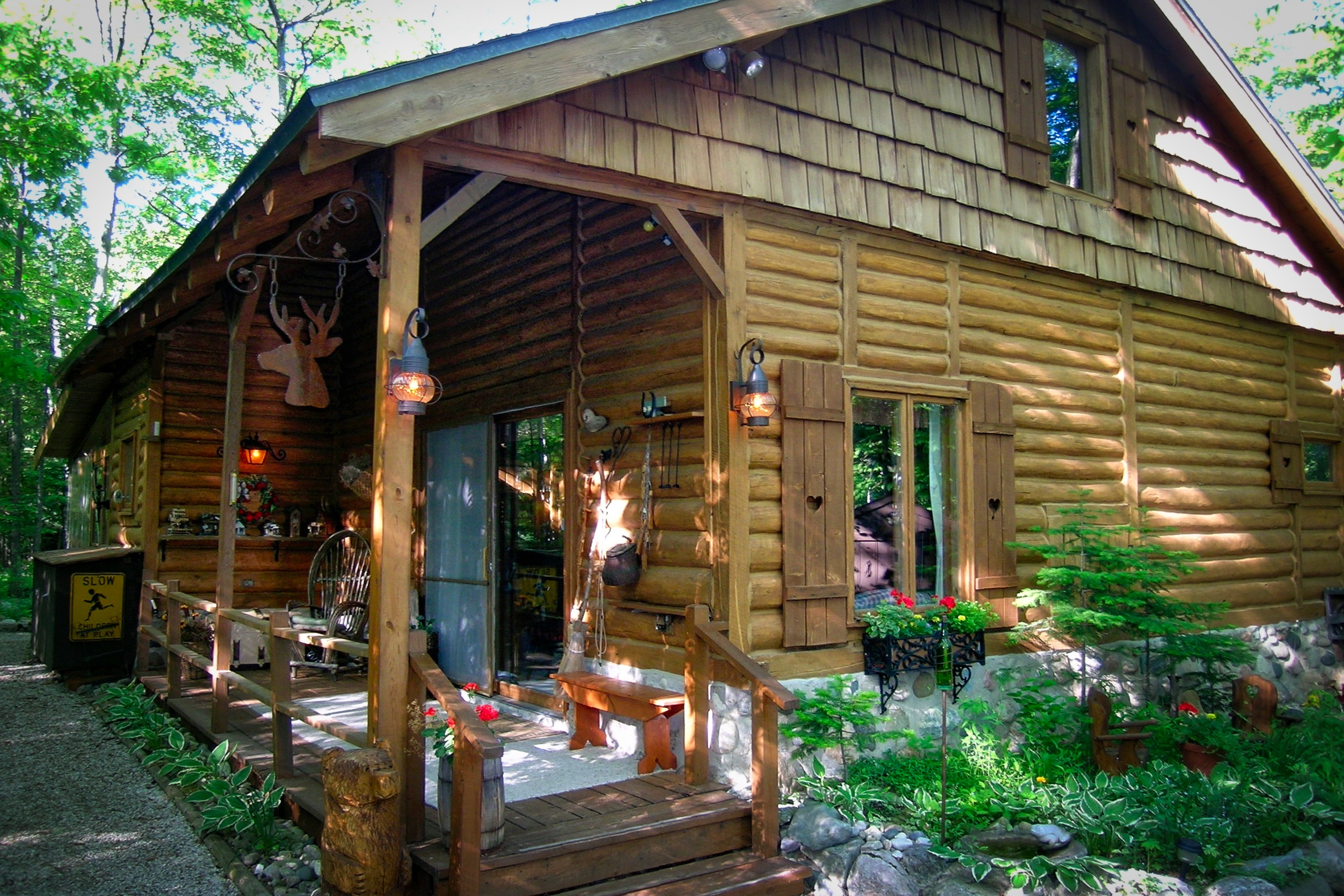 resort rentals lake cabins stock for awesome of rent michigan the a cabin rainbow az